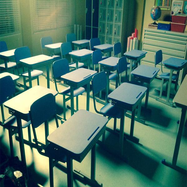 Salas de aula com móveis da Cortez